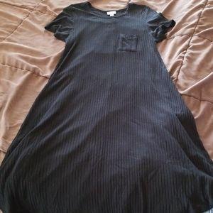 Black ribbed LuLaRoe Carly